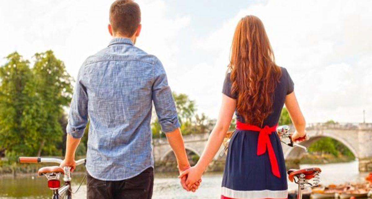 5 Cara Mudah Membuat Pasangan Merasa Bahagia
