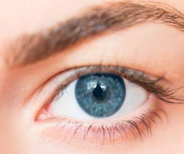 8 Cara Memutihkan Mata Kuning dengan Cepat, Mudah Dilakukan