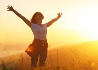 5 Cara Menjadi Bahagia di Masa Sulit
