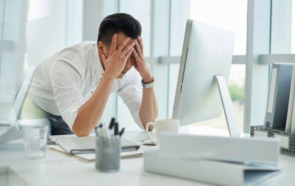 Tetap Produktif Di Tempat Kerja Walau Lagi Patah Hati