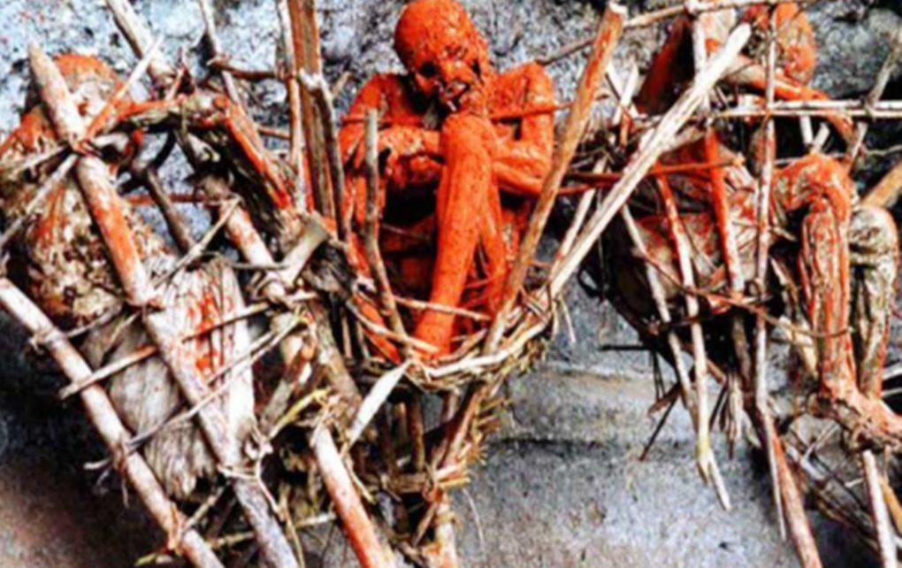 Ritual Pemakaman di Dunia, Mana Yang Lebih Seram ?